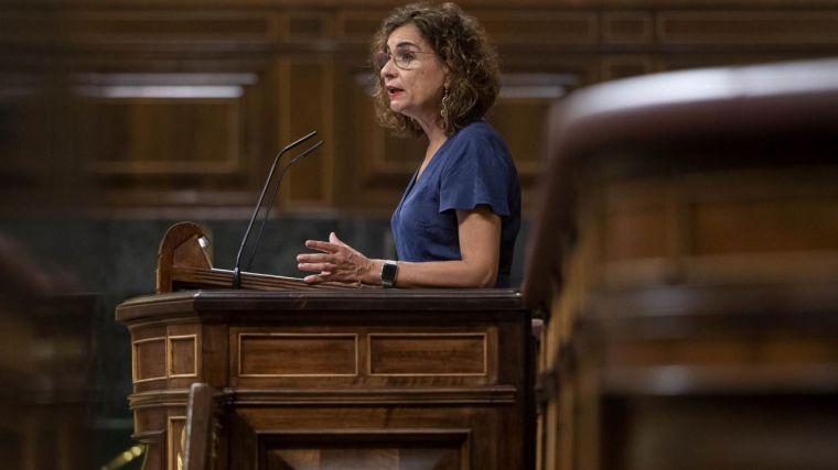 Montero comparece hoy en el Congreso para hablar de financiación autonómica en plena negociación de los PGE