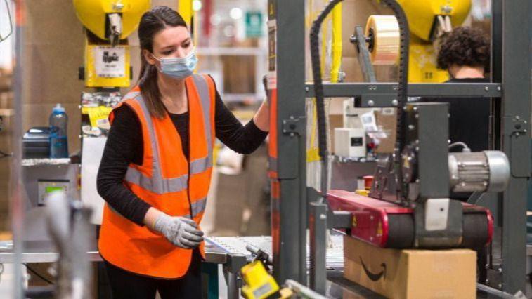 Alrededor de 30.000 personas solicitaron trabajo en Amazon en el 'Career Day 2021' de Illescas