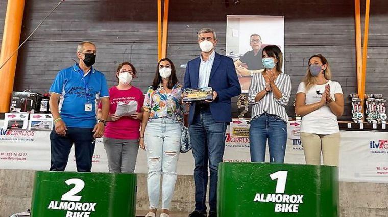 Álvaro Gutiérrez agradece el reconocimiento del Club Almorox Bike a la Diputación por su apoyo a La Crujebielas