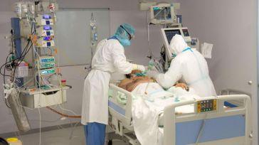 Dos hospitales de Castilla-La Mancha ya no tienen pacientes COVID en sus UCI