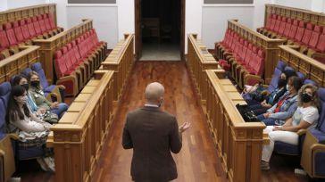 Las Cortes regionales retoman las visitas guiadas a su sede en el Convento de San Gil de Toledo