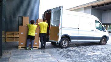 El Gobierno de Castilla-La Mancha ha distribuido esta semana cerca de 100.000 artículos de protección en los centros sanitarios