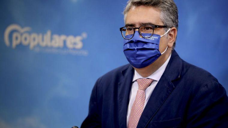 """Rodríguez califica de """"muy grave"""" que ante la falta de negociación ayer no hubiera informáticos en algunos hospitales públicos de Castilla-La Mancha"""