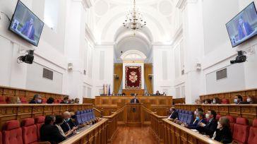 """El Parlamento regional se posiciona contra la subida de la presión fiscal y en el impulso de medidas """"de carácter solidario y progresivo"""""""