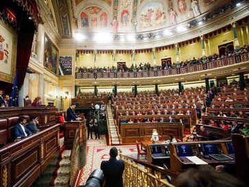 En la política española faltan templanza y estadistas y sobran aspereza y actores