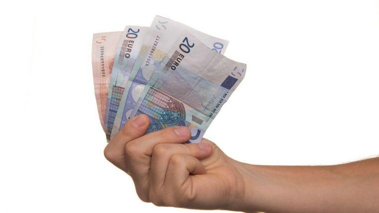 A finales de julio, el gobierno regional debía a sus proveedores 155,3 millones de euros