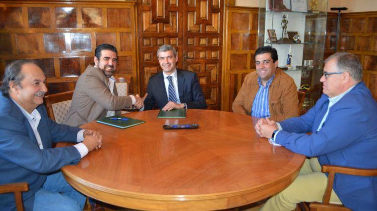La Diputación de Toledo y la Asociación Provincial de Hostelería firman un convenio de colaboración para promocionar actividades gastronómicas