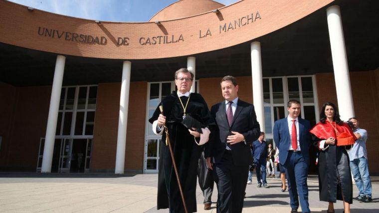 El gobierno regional no ha librado a la Universidad los 5 millones aprobados por las Cortes para los programas de investigación