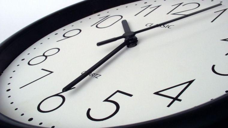 CSIF insta a la Junta a implantar la jornada de 35 horas para cumplir su promesa con los empleados públicos