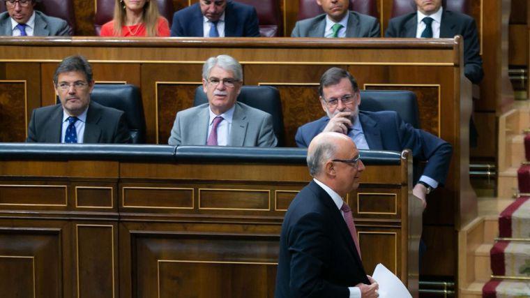 Pensiones, salario de funcionarios y mejora de la financiación autonómica, pendientes de la moción de censura