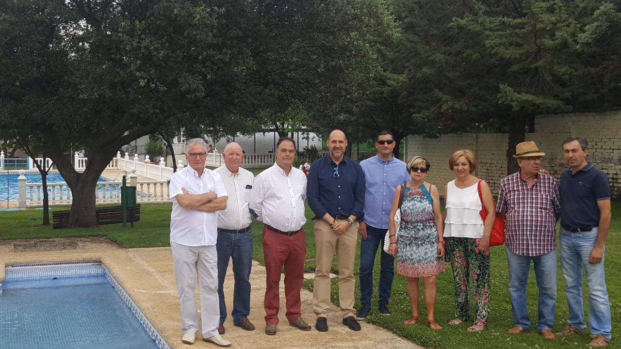 Santa ana de pusa mejora la accesibillidad y la zona de ocio de la piscina municipal con el - Piscina municipal toledo ...