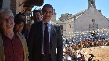 Álvaro Gutiérrez acompaña a los pueblanos en el día de su patrón