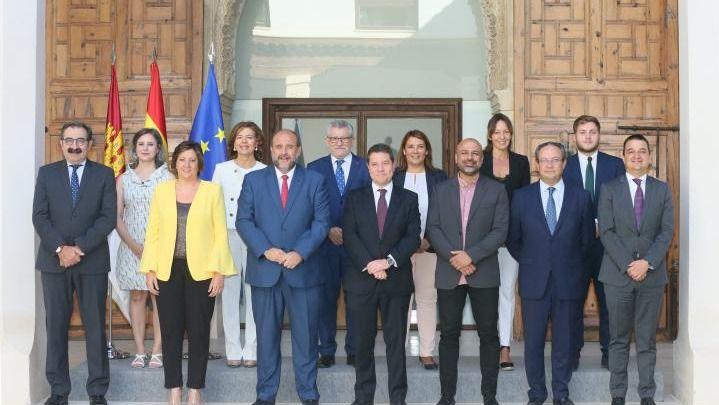 Fomento y Presidencia, los departamentos más morosos del gobierno regional