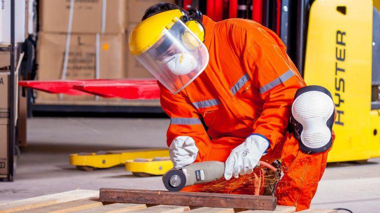 La producción de la industria de CLM cae un 4,3% anual a finales de junio