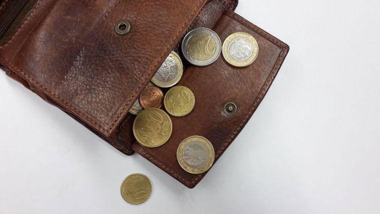 La pensión media en CLM en agosto fue de 882,00 euros, frente a los 956,42 de España