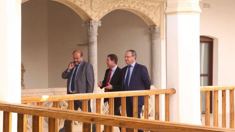 Foto de archivo del vicepresidente, el presidente García-Page y el consejero de Hacienda.