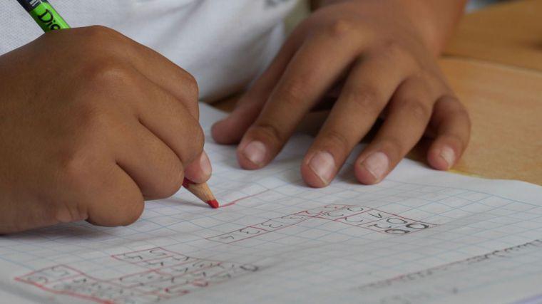 CLM, la segunda región que menos gasto público destina a educación