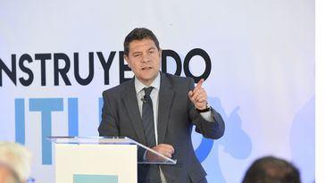 Emiliano García-Page en el acto de inauguración en el que ha hecho las declaraciones sobre financiación autonómica.