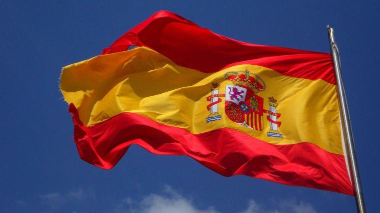Dos de cada tres castellano-manchegos, partidarios de reformar la Constitución