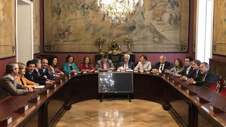 Los senadores de Castilla-La Mancha reclaman a Pedro Sánchez las inversiones previstas en los PGE para la región