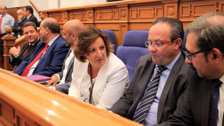 Con mayores ingresos públicos, el gobierno de García-Page no ha revertido los recortes de la crisis