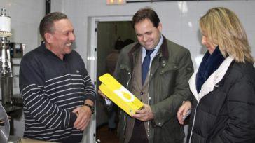 Núñez apuesta por combatir la despoblación, a través de la creación de empleo, apoyando a los agricultores ecológicos