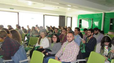 Alumnos de la Escuela de Agrónomos de Ciudad Real conocen el proceso de creación de nuevas variedades vegetales