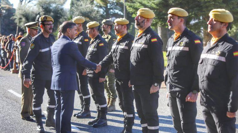El delegado del Gobierno de España en Castilla-La Mancha copreside el acto de clausura del curso básico de Emergencias, organizado por la UME