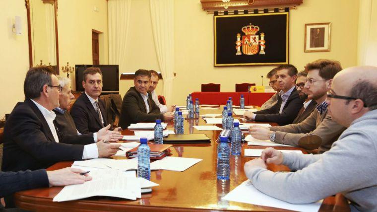 El Gobierno de España trabaja con los municipios afectados por las lluvias de 2016 y nieves de 2017 para facilitar la puesta en marcha de los proyectos presentados