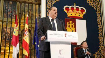 """Fernández Vaquero recalca la """"fuerza"""" de la Constitución y apela al consenso"""