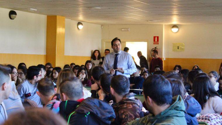 Núñez apuesta por seguir cuidando un régimen de libertades, democrático y constitucional