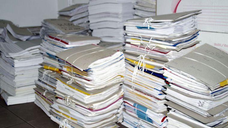 Desde mi aldea: Burocracia. Si simplificamos ganamos