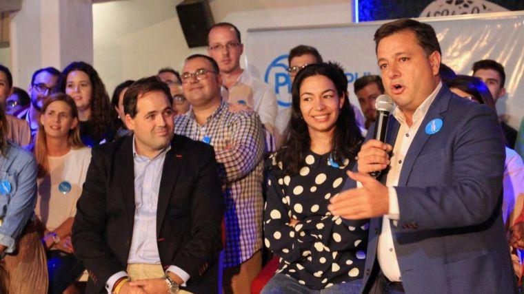 Manuel Serrano se postula a la Alcaldía de Albacete con el apoyo del presidente del PP regional