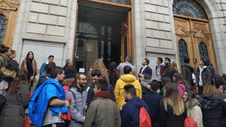 Alumnos de Magisterio de la Universidad de Salamanca se interesan por la Diputación de Toledo