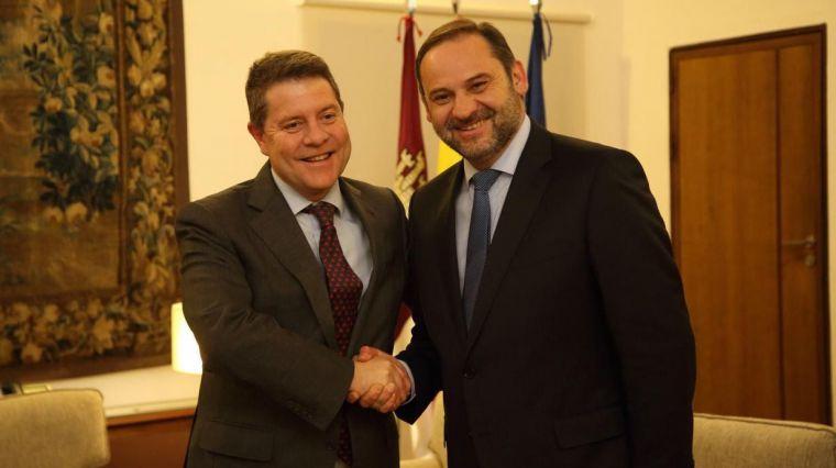 """García-Page adelanta que los presupuestos del Estado para 2019 serán """"magníficos en infraestructuras para Castilla-La Mancha"""