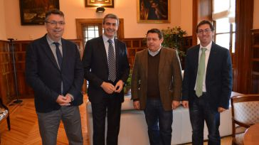 La Diputación renueva el apoyo al transporte del área metropolitana de Toledo
