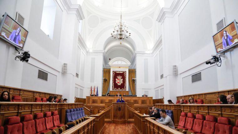 Unanimidad en el pleno de las Cortes de CLM contra la violencia machista