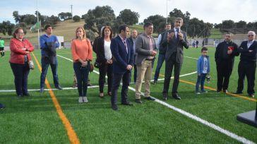 Méntrida estrena césped artificial en el campo de fútbol