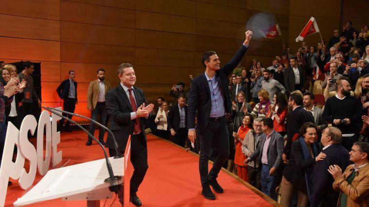 Page en el acto con Pedro Sánchez: