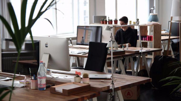 Dinamismo empresarial en CLM: Se crean más compañías, con menos capital, y se estabiliza el cierre de sociedades