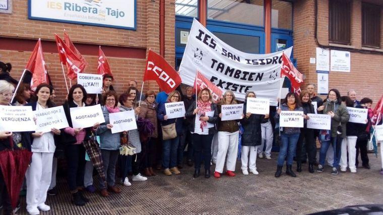 El personal laboral de Educación de Talavera y su comarca sale a la calle para exigir la cobertura de bajas y vacantes