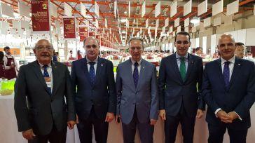 Globalcaja patrocina en FENAVIN la sala de catas más grande del mundo