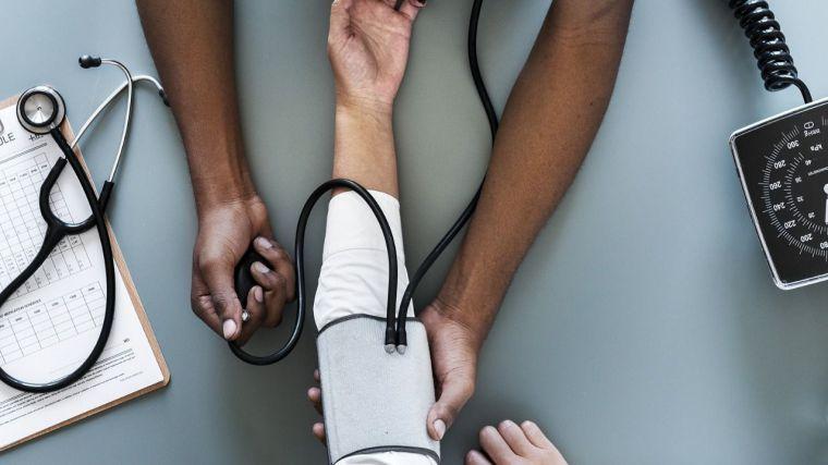 """Las enfermeras y enfermeros alzan su voz: """"Queremos cuidarte como mereces"""""""