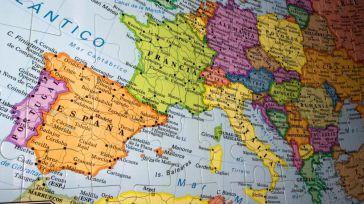 Publicada la convocatoria de ayudas a la formación de docentes de CLM en el extranjero