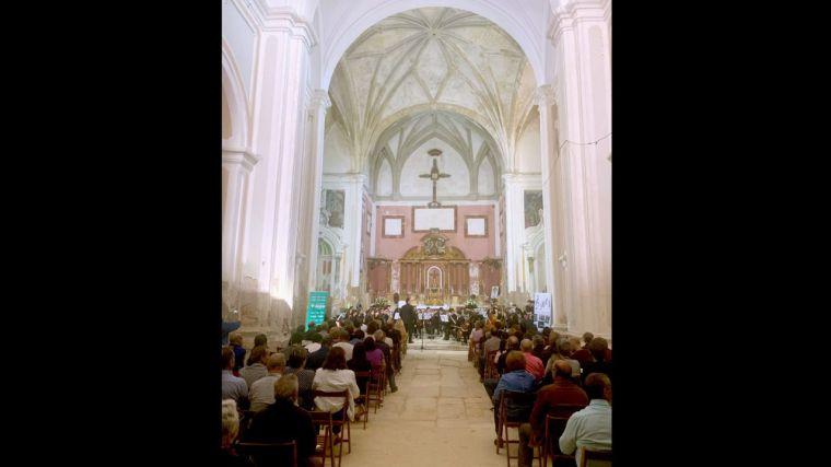 La Joven Orquesta de Cuenca ofrece su concierto en Carboneras de Guadazón con la colaboración de la Fundación Globalcaja