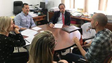 El alcalde de Seseña se reúne con el Sareb para atender a las demandas de los vecinos afectados por la ocupación de viviendas