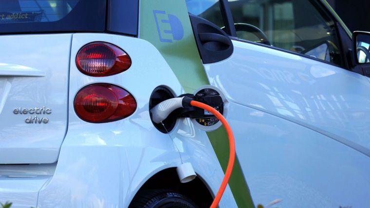 El coche eléctrico provocará un agujero fiscal superior a los 150 millones a Castilla-La Mancha