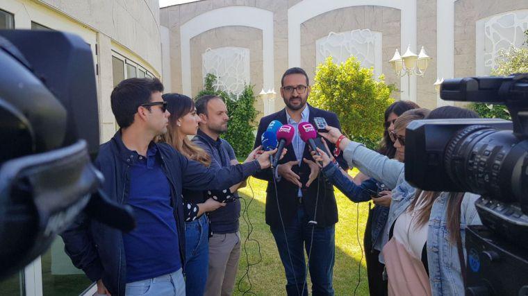 """Gutiérrez: """"Los dirigentes de Podemos cometen un grave error al hacer la pinza al PP contra García-Page"""