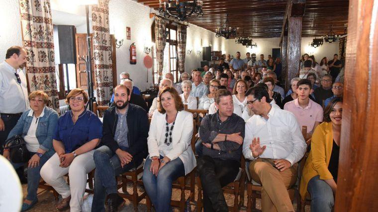 """García-Page avanza un """"cheque primera oportunidad"""" para dar empleo digno a los jóvenes que acaben estudios universitarios o de formación profesional"""