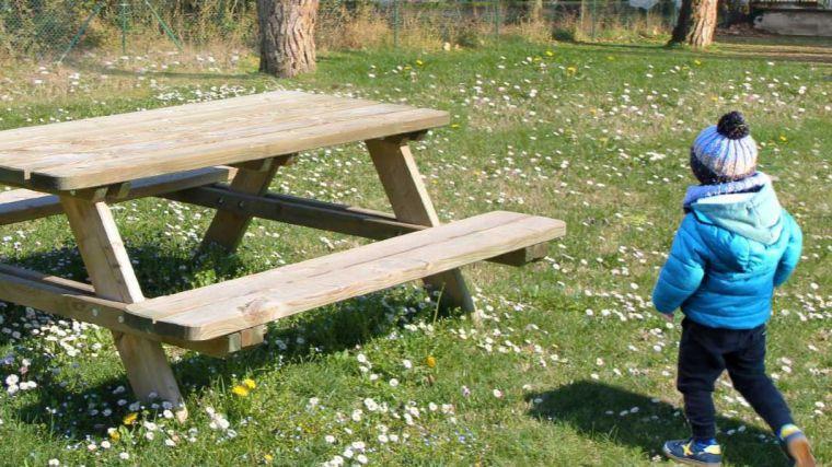 La Diputación de Toledo adjudica 550 mesas de picnic en 2019 para acondicionar y embellecer espacios públicos municipales